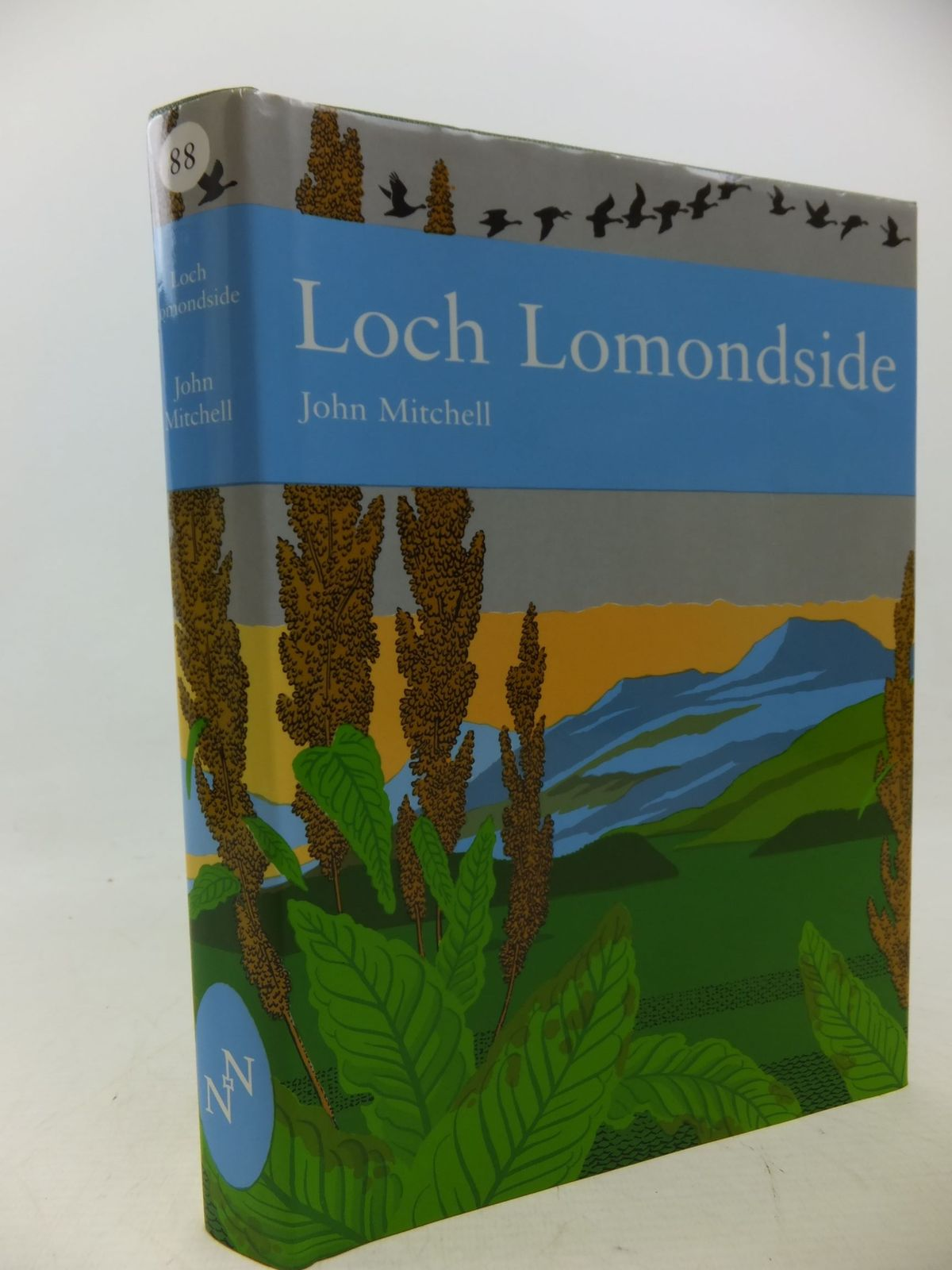 Photo of LOCH LOMONDSIDE (NN 88) written by Mitchell, John published by Harper Collins (STOCK CODE: 1710408)  for sale by Stella & Rose's Books