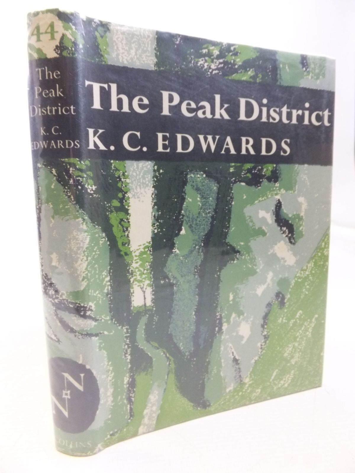 Photo of THE PEAK DISTRICT (NN 44) written by Edwards, K.C.