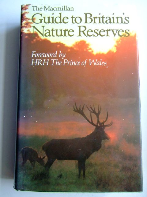 Photo of THE MACMILLAN GUIDE TO BRITAIN'S NATURE RESERVES written by Hywel-Davies, Jeremy