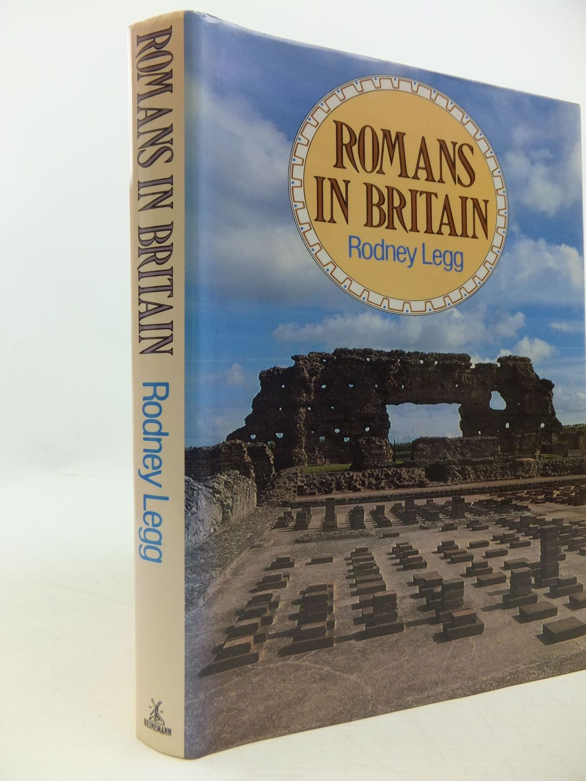 Photo of ROMANS IN BRITAIN written by Legg, Rodney published by Heinemann (STOCK CODE: 1807872)  for sale by Stella & Rose's Books