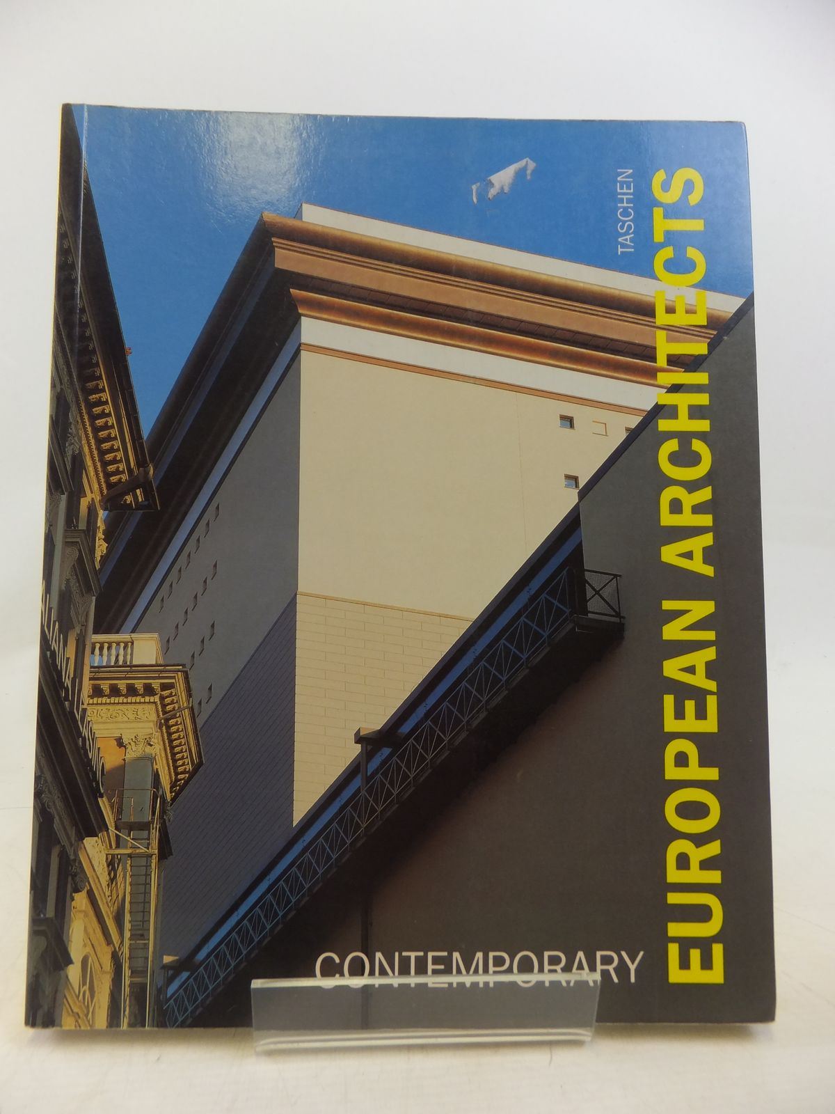 Photo of CONTEMPORARY EUROPEAN ARCHITECTS- Stock Number: 1809451