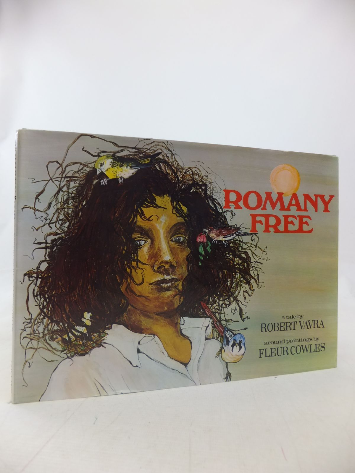 Photo of ROMANY FREE written by Vavra, Robert illustrated by Cowles, Fleur published by Collins (STOCK CODE: 1809606)  for sale by Stella & Rose's Books
