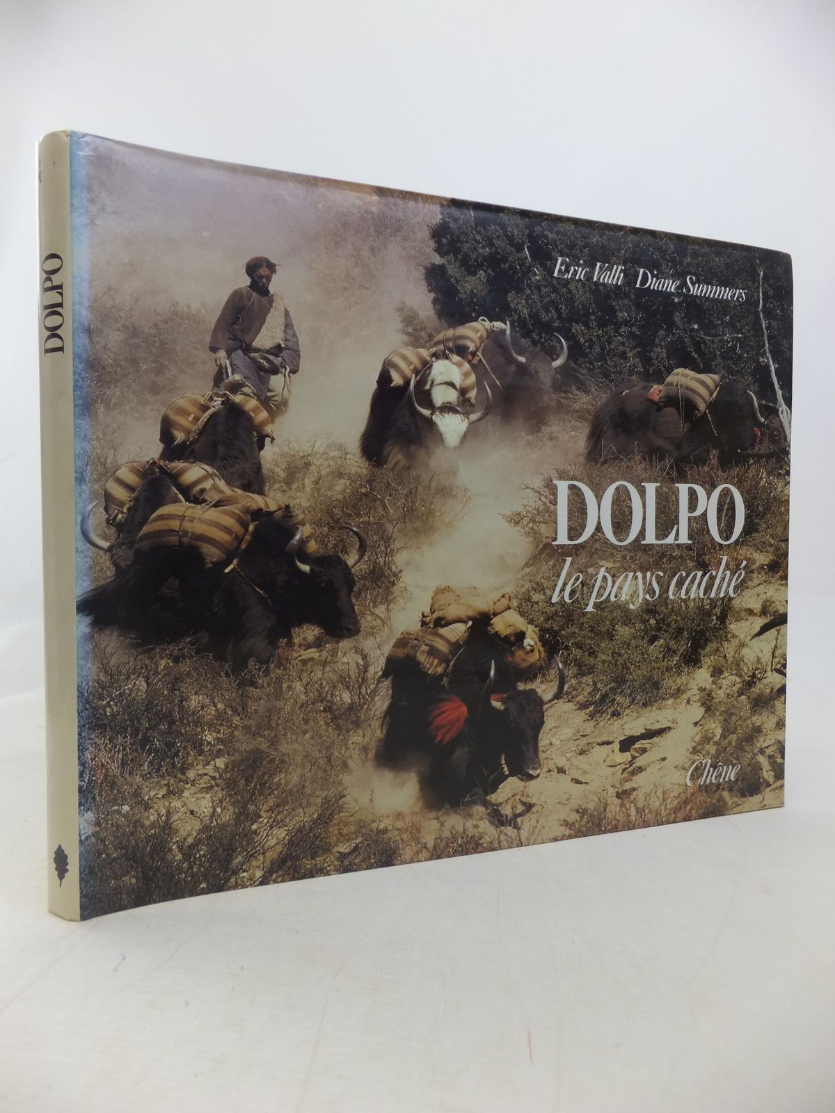 Photo of DOLPO LE PAYS CACHE written by Valli, Eric Summers, Diane published by Chene (STOCK CODE: 1809854)  for sale by Stella & Rose's Books
