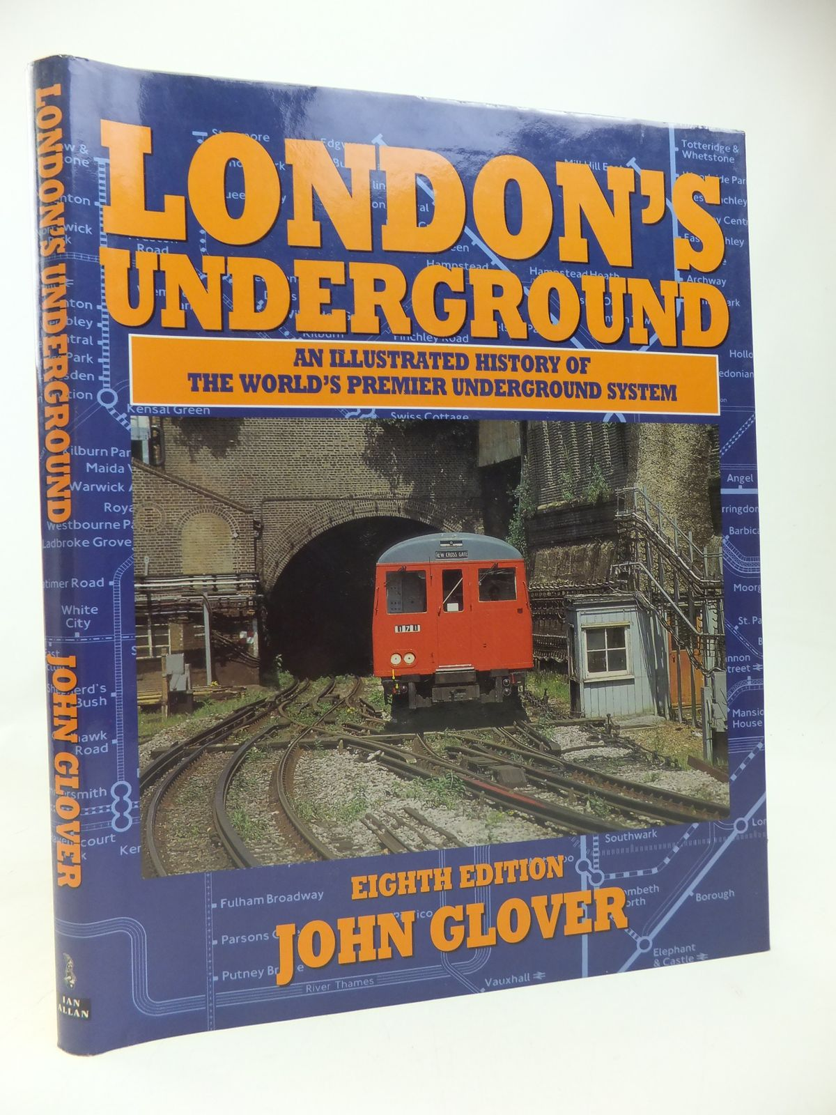 Photo of LONDON'S UNDERGROUND written by Glover, John published by Ian Allan (STOCK CODE: 1810125)  for sale by Stella & Rose's Books