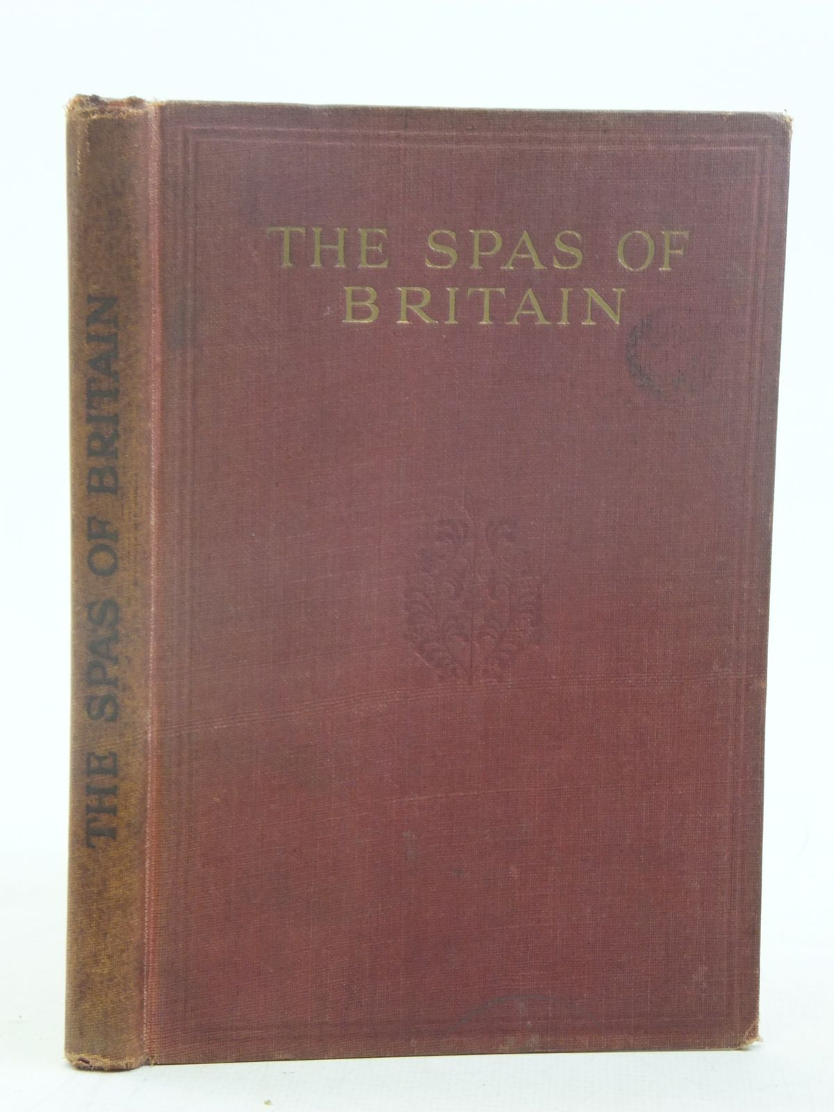 Photo of THE SPAS OF BRITAIN THE OFFICIAL HANDBOOK OF THE BRITISH SPA FEDERATION written by Rolleston, Humphrey Fox, R. Fortescue published by Pitman Press Bath (STOCK CODE: 1810845)  for sale by Stella & Rose's Books