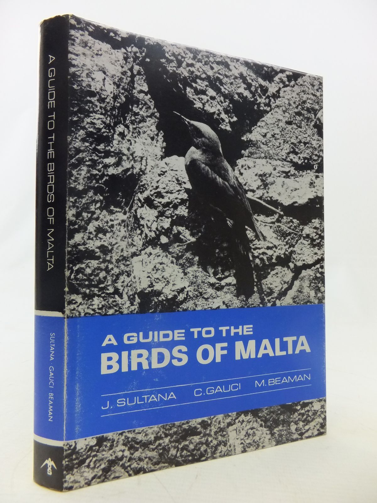 Photo of A GUIDE TO THE BIRDS OF MALTA A COMPREHENSIVE CHECKLIST- Stock Number: 1811056