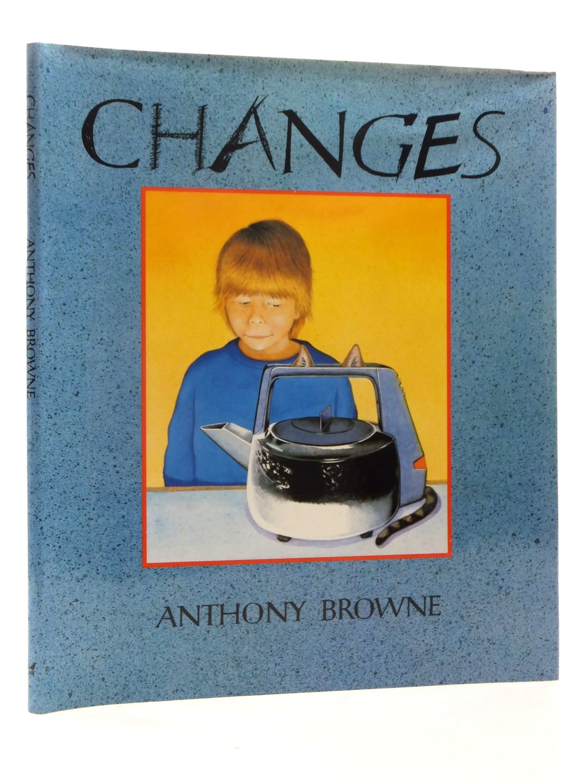 Photo of CHANGES written by Browne, Anthony illustrated by Browne, Anthony published by Julia MacRae Books (STOCK CODE: 1815452)  for sale by Stella & Rose's Books