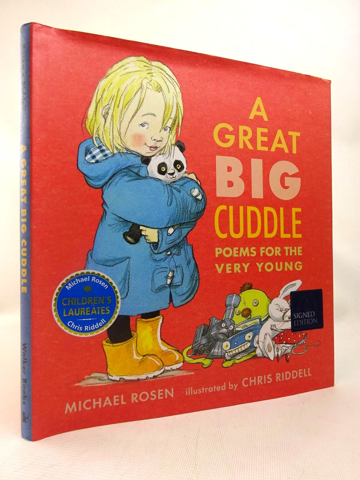Photo of A GREAT BIG CUDDLE: POEMS FOR THE VERY YOUNG- Stock Number: 1816406
