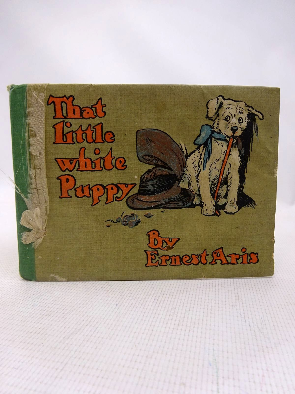 Photo of THAT LITTLE WHITE PUPPY written by Aris, Ernest A. illustrated by Aris, Ernest A. published by Humphrey Milford (STOCK CODE: 1816543)  for sale by Stella & Rose's Books