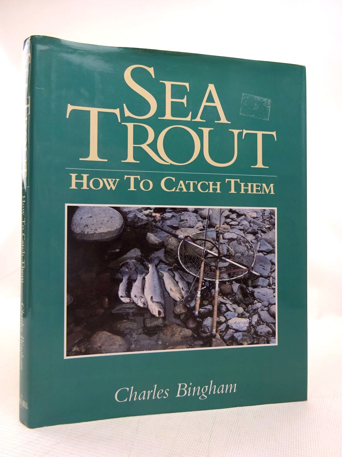 Photo of SEA TROUT HOW TO CATCH THEM written by Bingham, Charles published by Swan Hill Press (STOCK CODE: 1816677)  for sale by Stella & Rose's Books