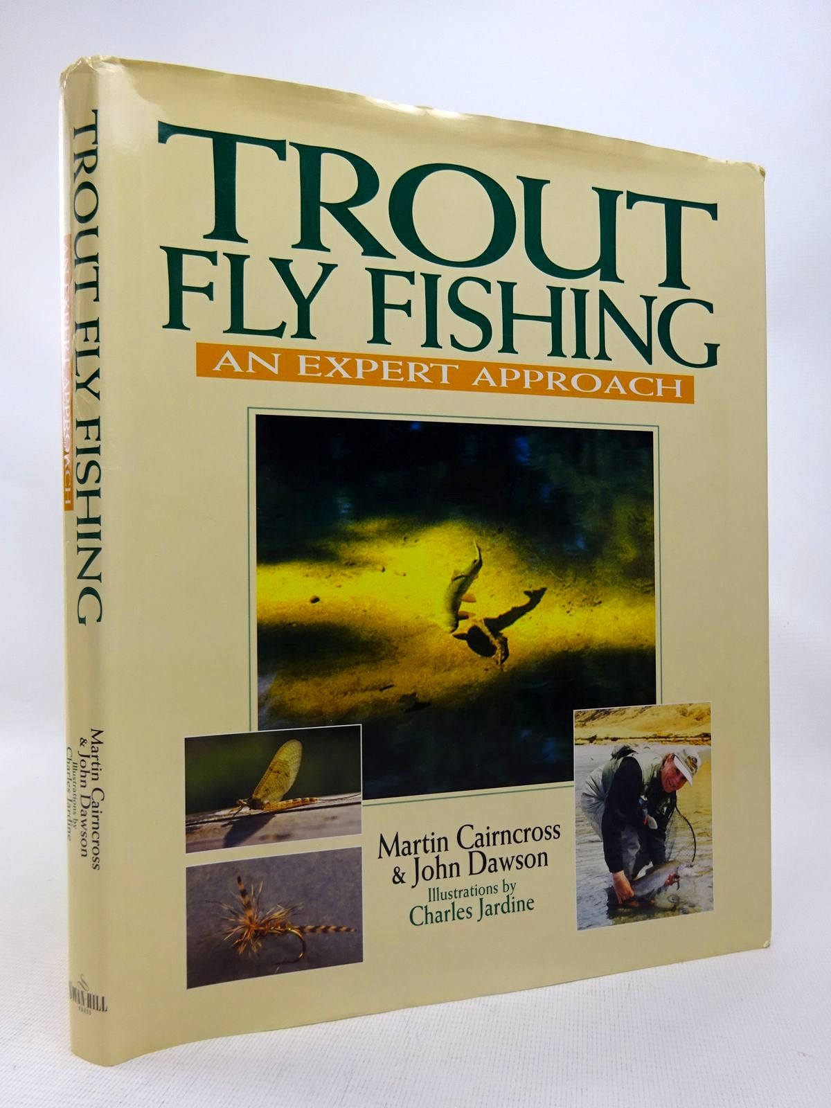 Photo of TROUT FLY FISHING: AN EXPERT APPROACH written by Cairncross, Martin