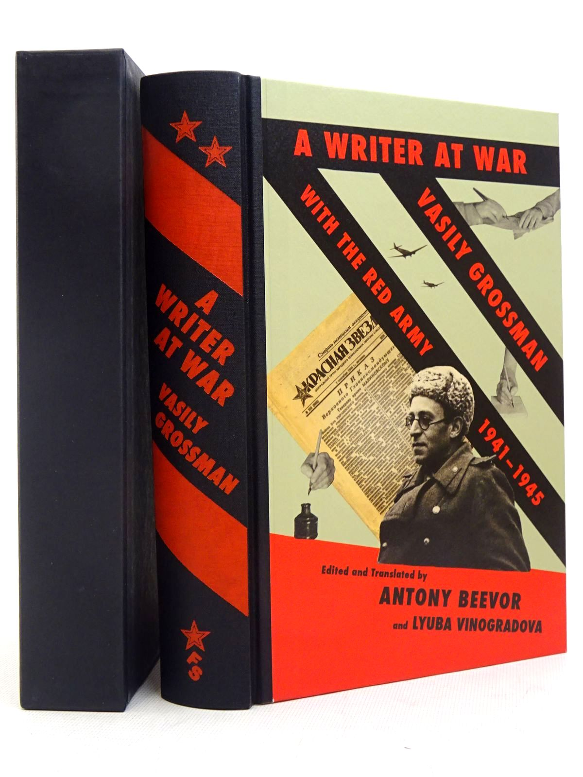 Photo of A WRITER AT WAR: VASILY GROSSMAN WITH THE RED ARMY 1941-1945 written by Beevor, Antony<br />Vinogradova, Lyuba<br />Grossman, Vasily published by Folio Society (STOCK CODE: 1817184)  for sale by Stella & Rose's Books