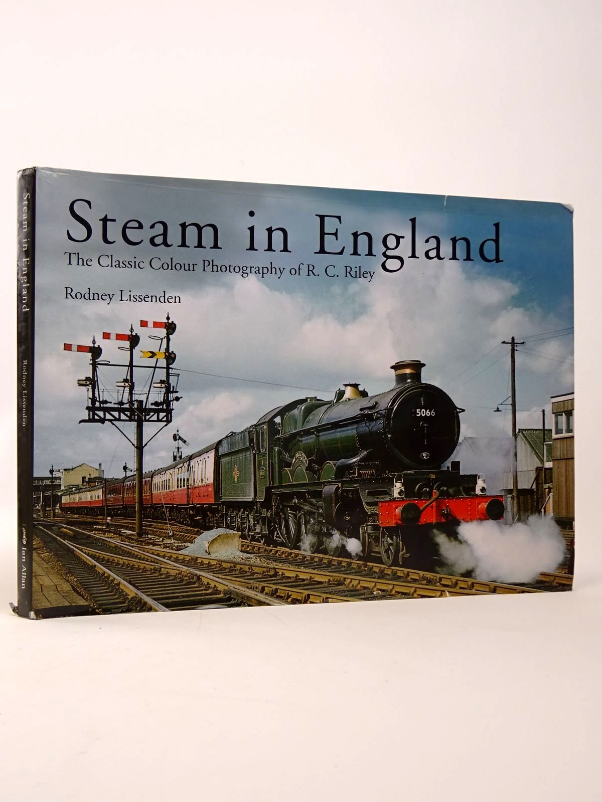 Photo of STEAM IN ENGLAND- Stock Number: 1817499