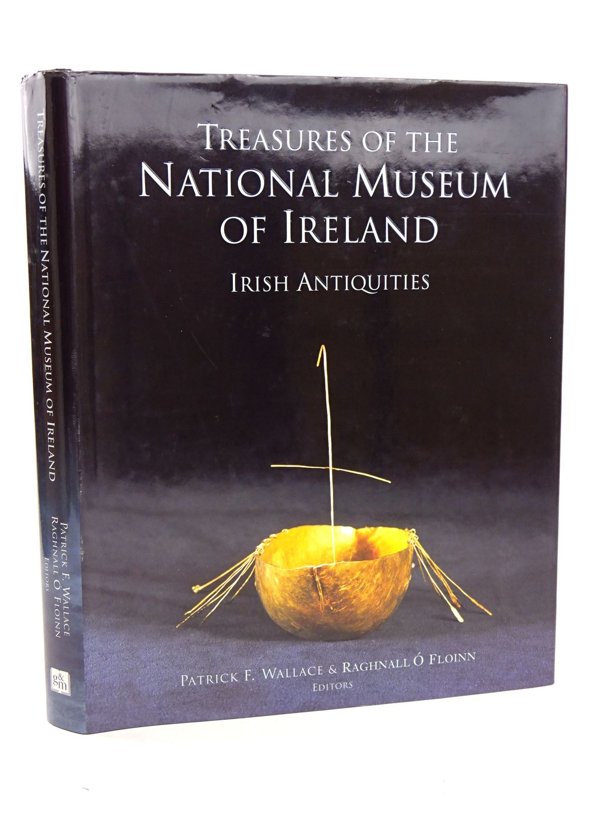 Photo of TREASURES OF THE NATIONAL MUSEUM OF IRELAND: IRISH ANTIQUITIES- Stock Number: 1818341