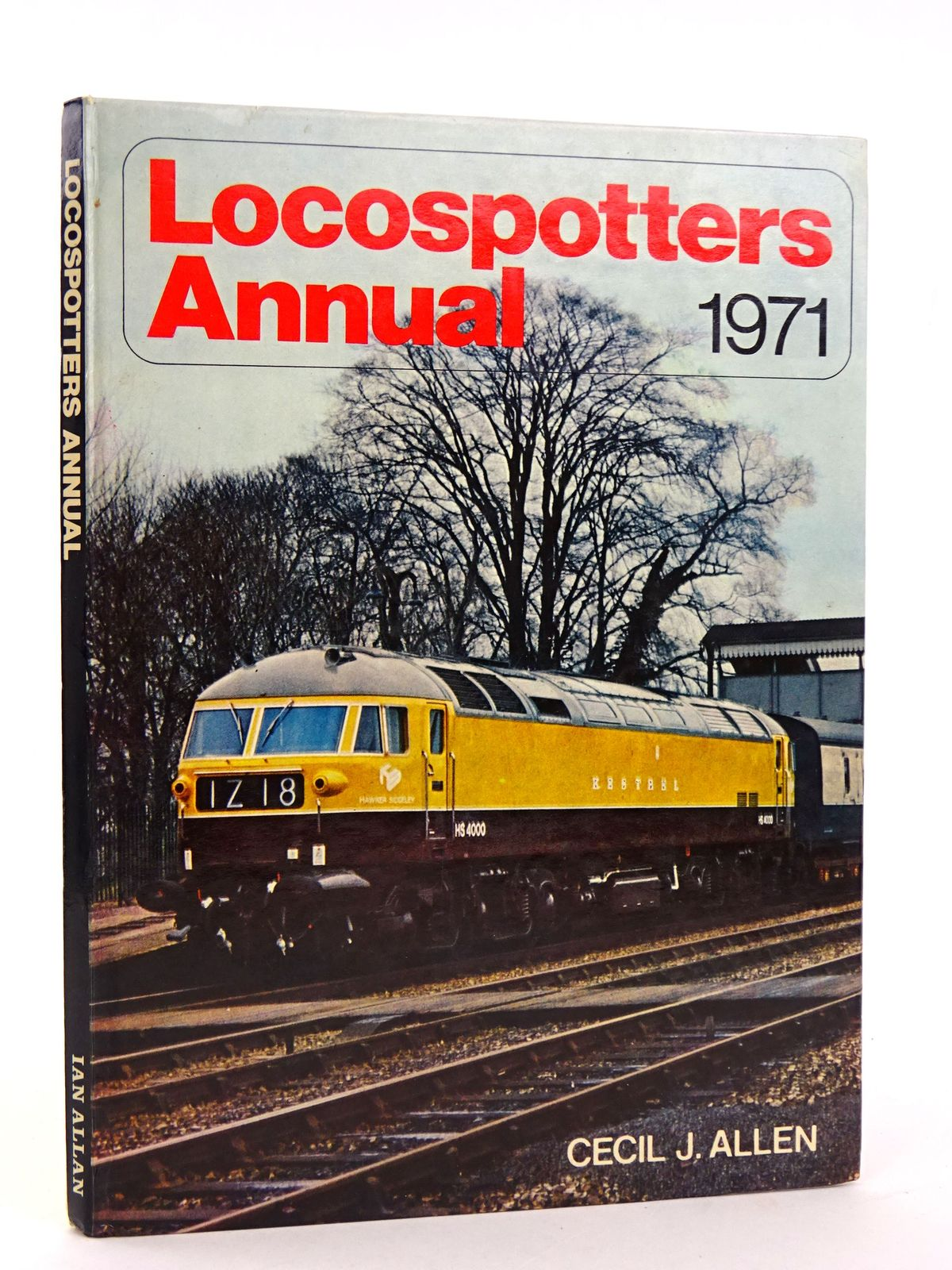 Photo of LOCOSPOTTERS ANNUAL 1971 written by Allen, Cecil J. published by Ian Allan (STOCK CODE: 1818405)  for sale by Stella & Rose's Books
