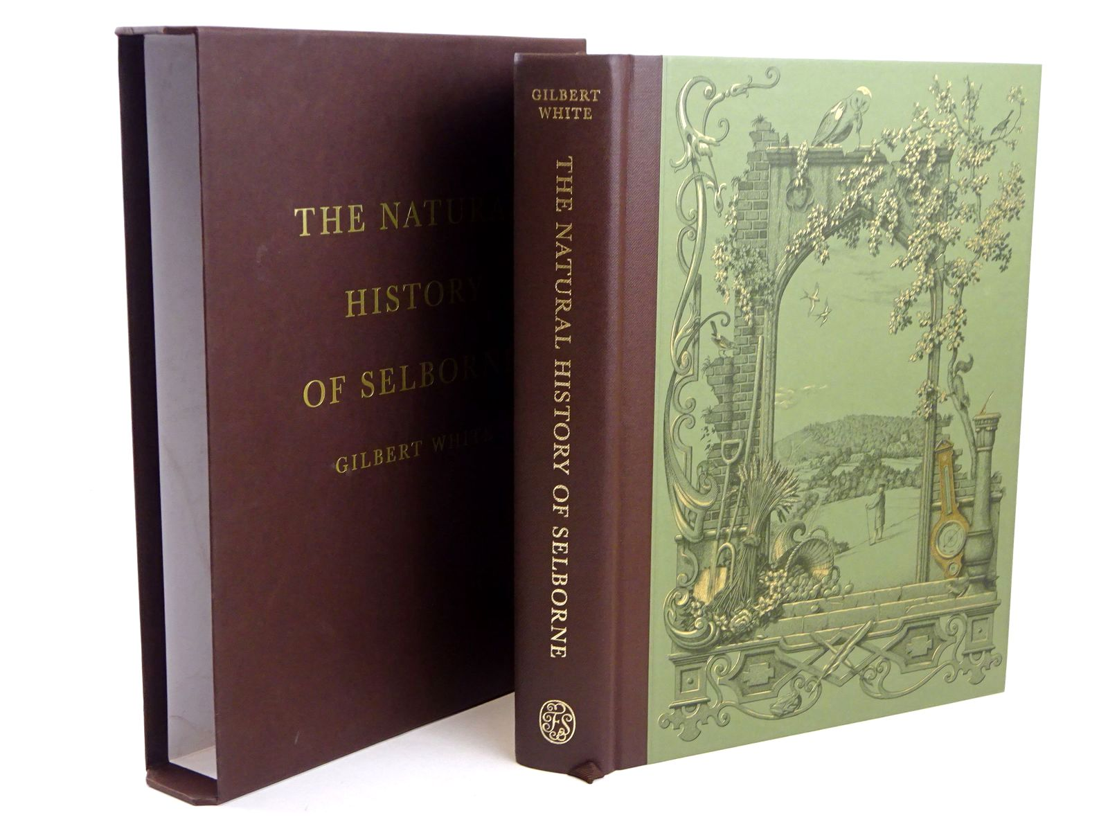 Photo of THE NATURAL HISTORY OF SELBORNE written by White, Gilbert<br />Thomas, Keith published by Folio Society (STOCK CODE: 1818659)  for sale by Stella & Rose's Books