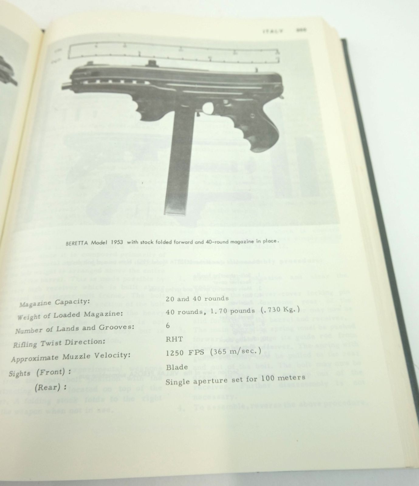 Photo of THE WORLD'S SUBMACHINE GUNS (MACHINE PISTOLS) VOLUME I written by Nelson, Thomas B.