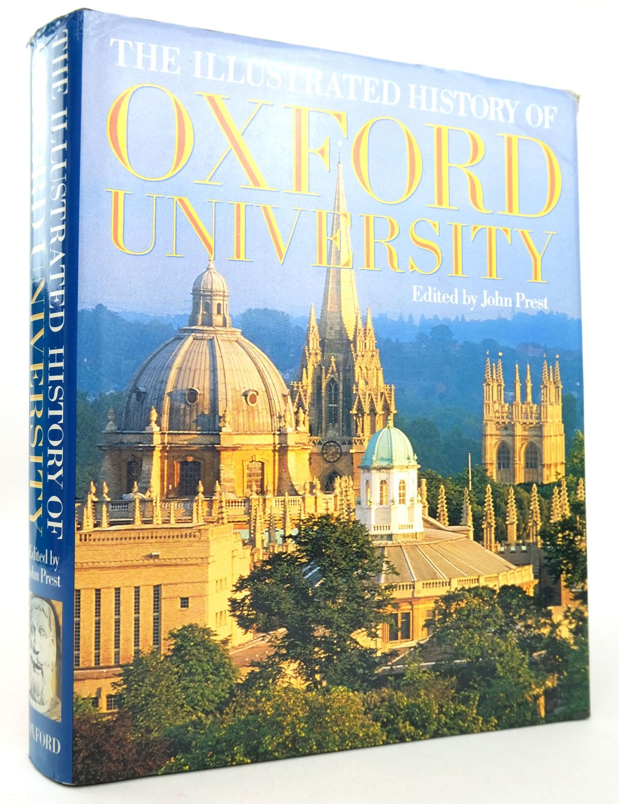Photo of THE ILLUSTRATED HISTORY OF OXFORD UNIVERSITY- Stock Number: 1819208