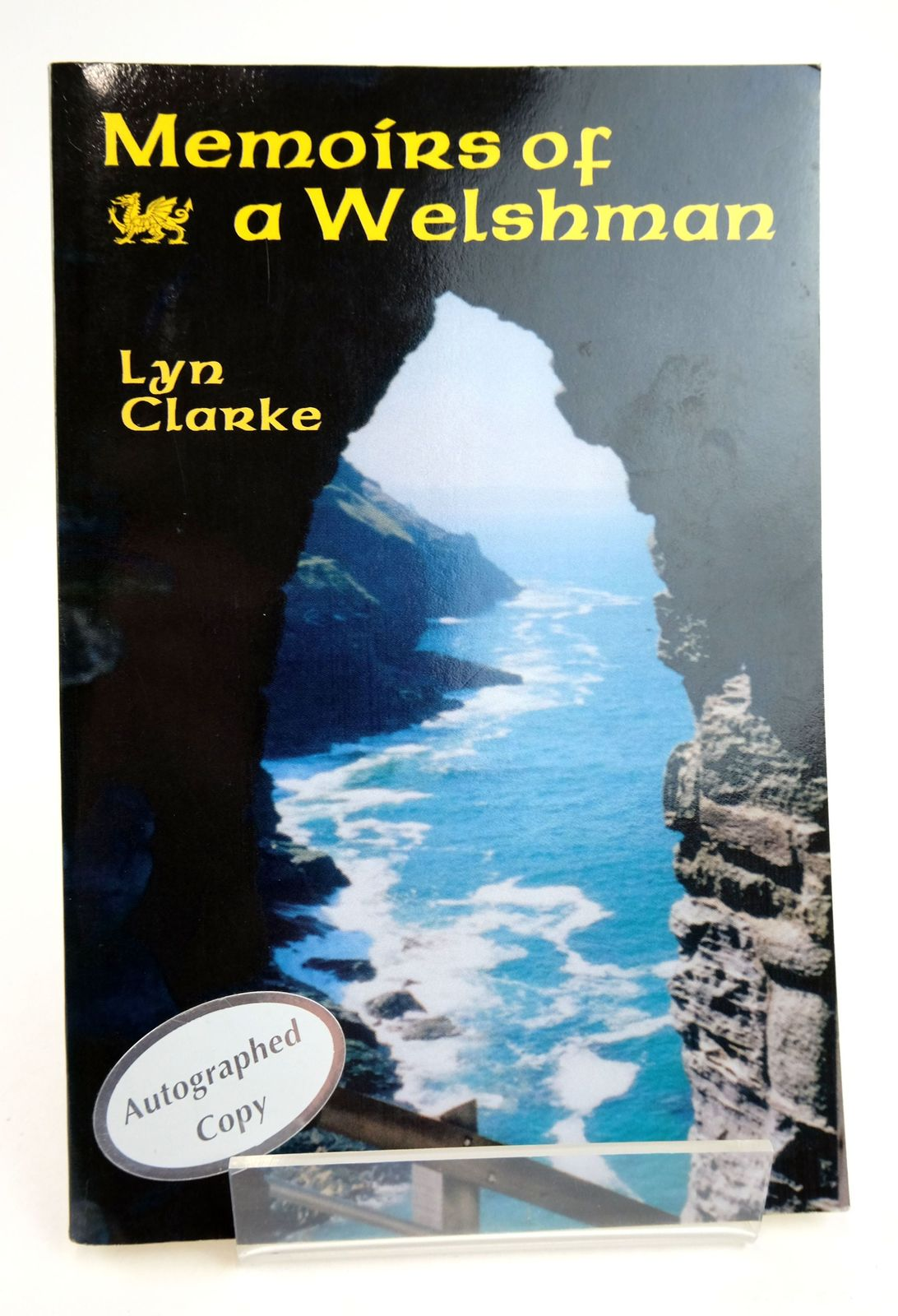 Photo of MEMOIRS OF A WELSHMAN written by Clarke, Lyn published by The Peppertree Press (STOCK CODE: 1819215)  for sale by Stella & Rose's Books