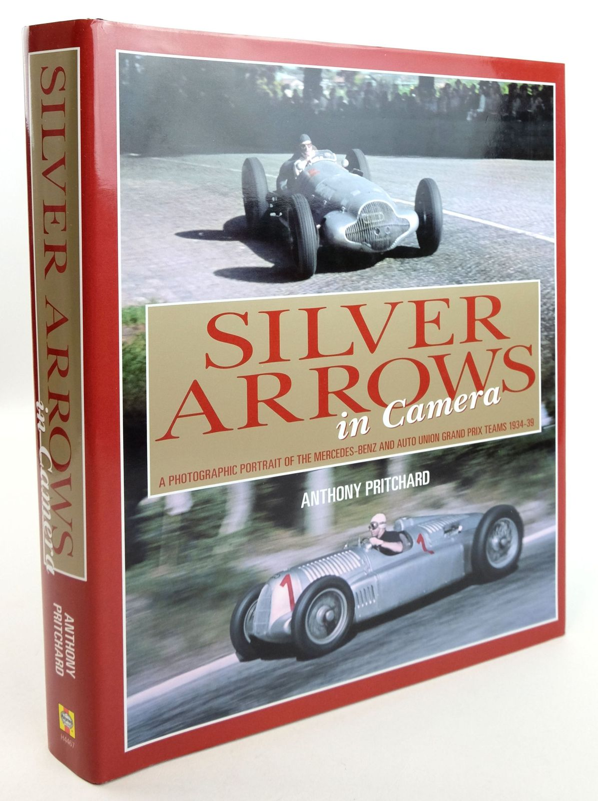 Photo of SILVER ARROWS IN CAMERA- Stock Number: 1819509