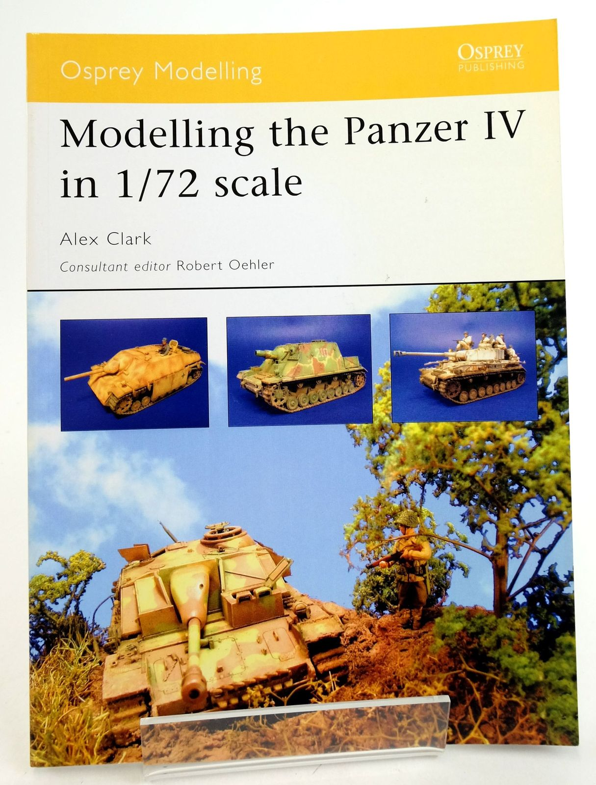 Photo of MODELLING THE PANZER IV IN 1/72 SCALE (OSPREY MODELLING 17)- Stock Number: 1819892