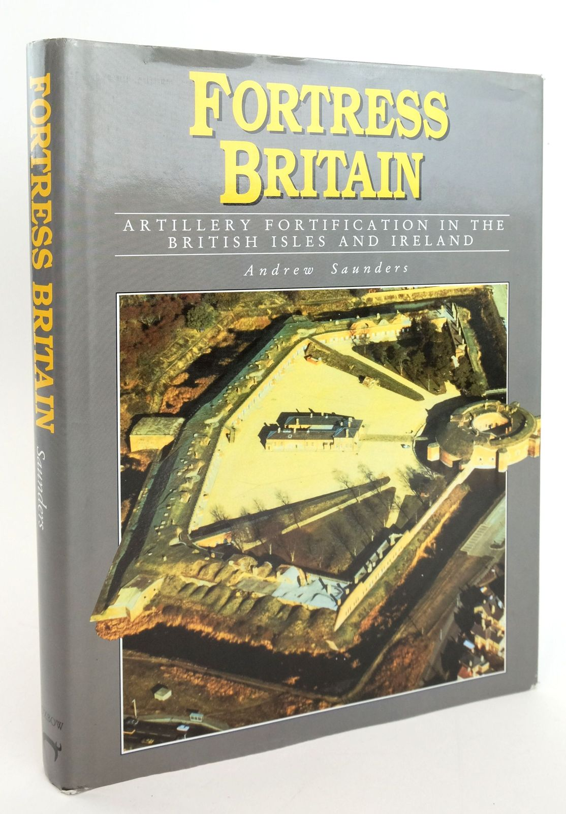Photo of FORTRESS BRITAIN: ARTILLERY FORTIFICATION IN THE BRITISH ISLES AND IRELAND written by Saunders, Andrew published by Beaufort Publishing Ltd (STOCK CODE: 1820054)  for sale by Stella & Rose's Books