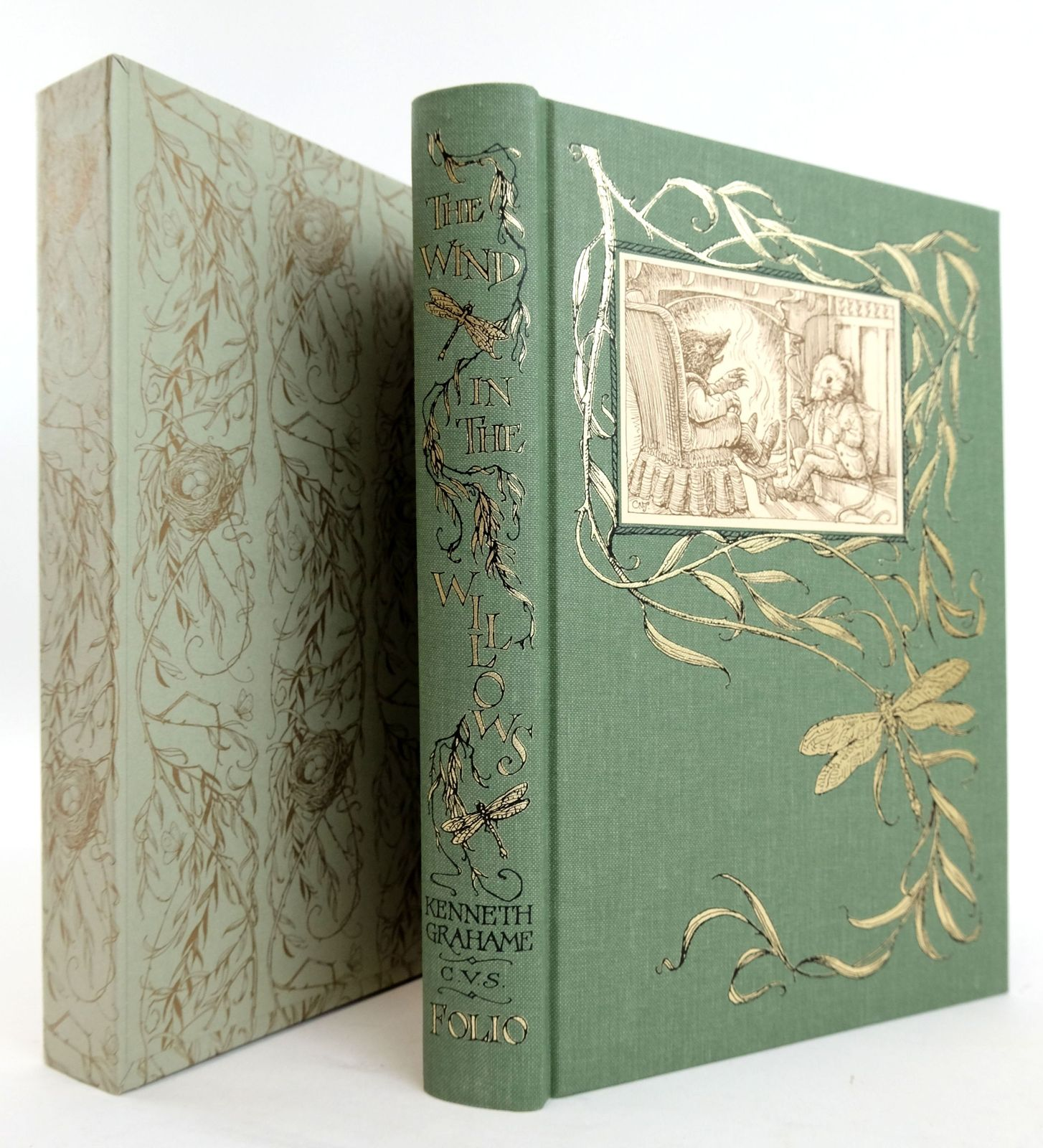 Photo of THE WIND IN THE WILLOWS written by Grahame, Kenneth illustrated by Van Sandwyk, Charles published by Folio Society (STOCK CODE: 1820237)  for sale by Stella & Rose's Books