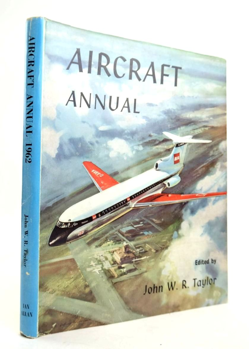 Photo of AIRCRAFT ANNUAL 1962- Stock Number: 1820511