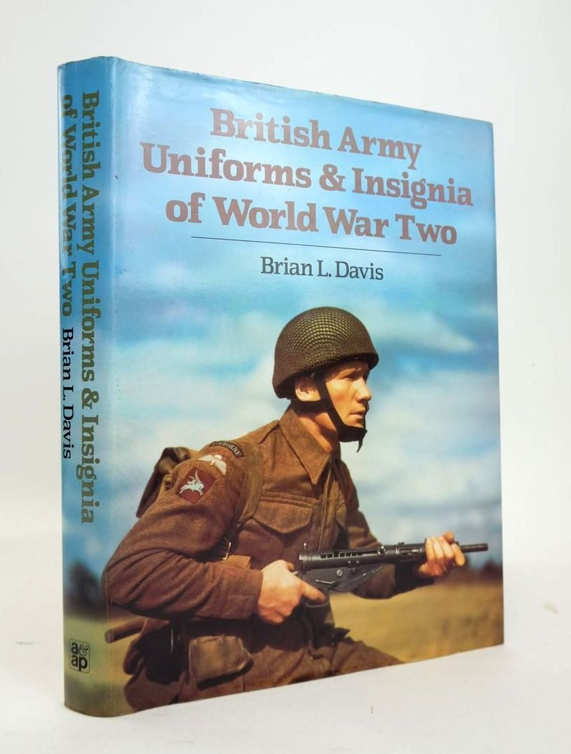 Photo of BRITISH ARMY UNIFORMS & INSIGNIA OF WORLD WAR TWO- Stock Number: 1820572