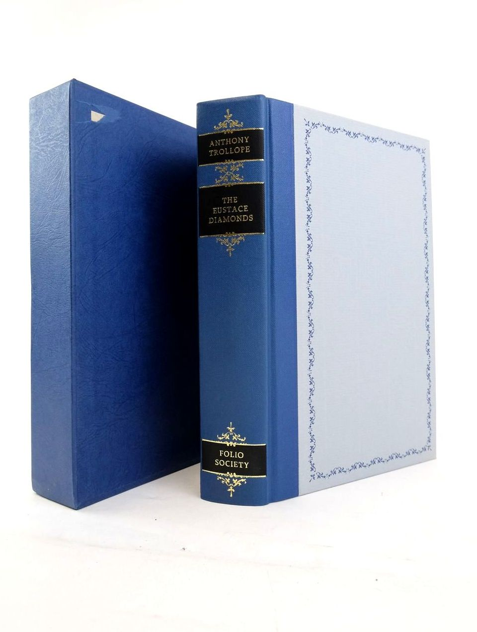 Photo of THE EUSTACE DIAMONDS written by Trollope, Anthony illustrated by Thomas, Llewellyn published by Folio Society (STOCK CODE: 1820667)  for sale by Stella & Rose's Books