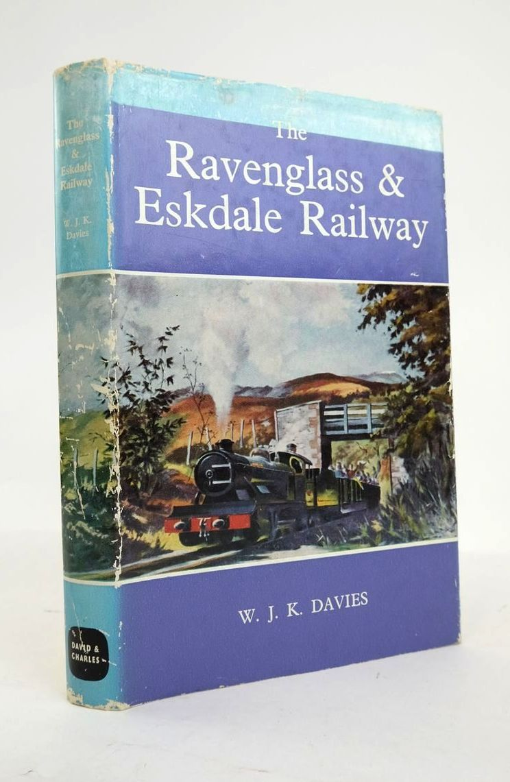Photo of THE RAVENGLASS & ESKDALE RAILWAY written by Davies, W.J.K. published by David & Charles (STOCK CODE: 1820925)  for sale by Stella & Rose's Books