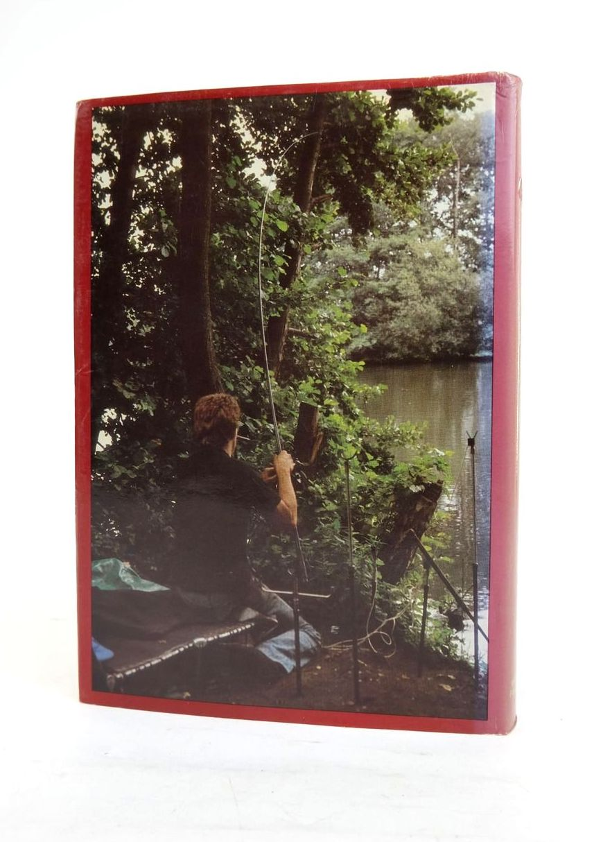 Photo of THE CARP STRIKES BACK written by Hutchinson, Rod published by Wonderdog Publications (STOCK CODE: 1820936)  for sale by Stella & Rose's Books
