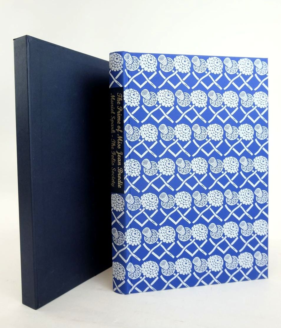 Photo of THE PRIME OF MISS JEAN BRODIE written by Spark, Muriel illustrated by Cook, Beryl published by Folio Society (STOCK CODE: 1820945)  for sale by Stella & Rose's Books