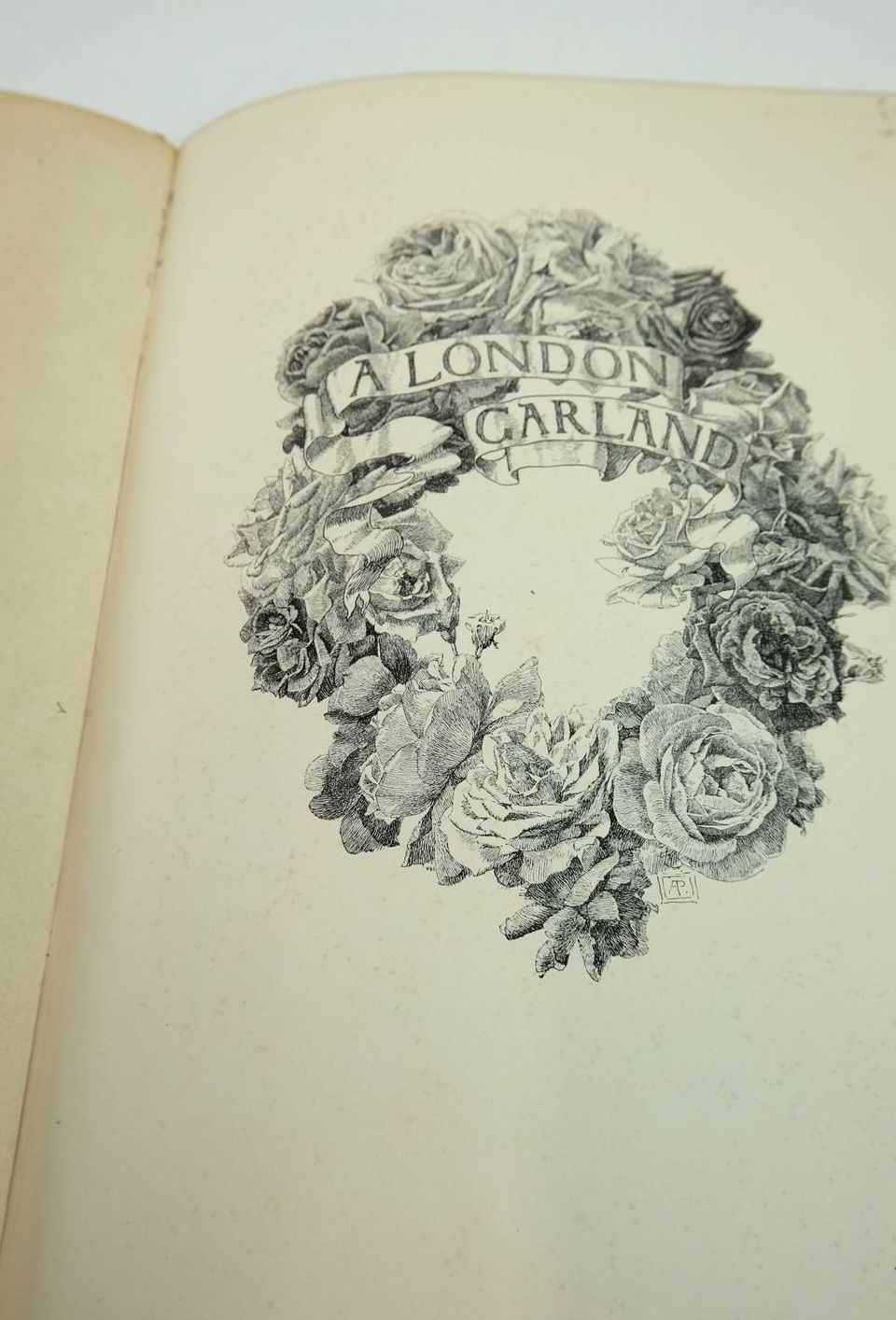 Photo of A LONDON GARLAND written by Henley, W.E. published by Macmillan & Co. (STOCK CODE: 1821321)  for sale by Stella & Rose's Books