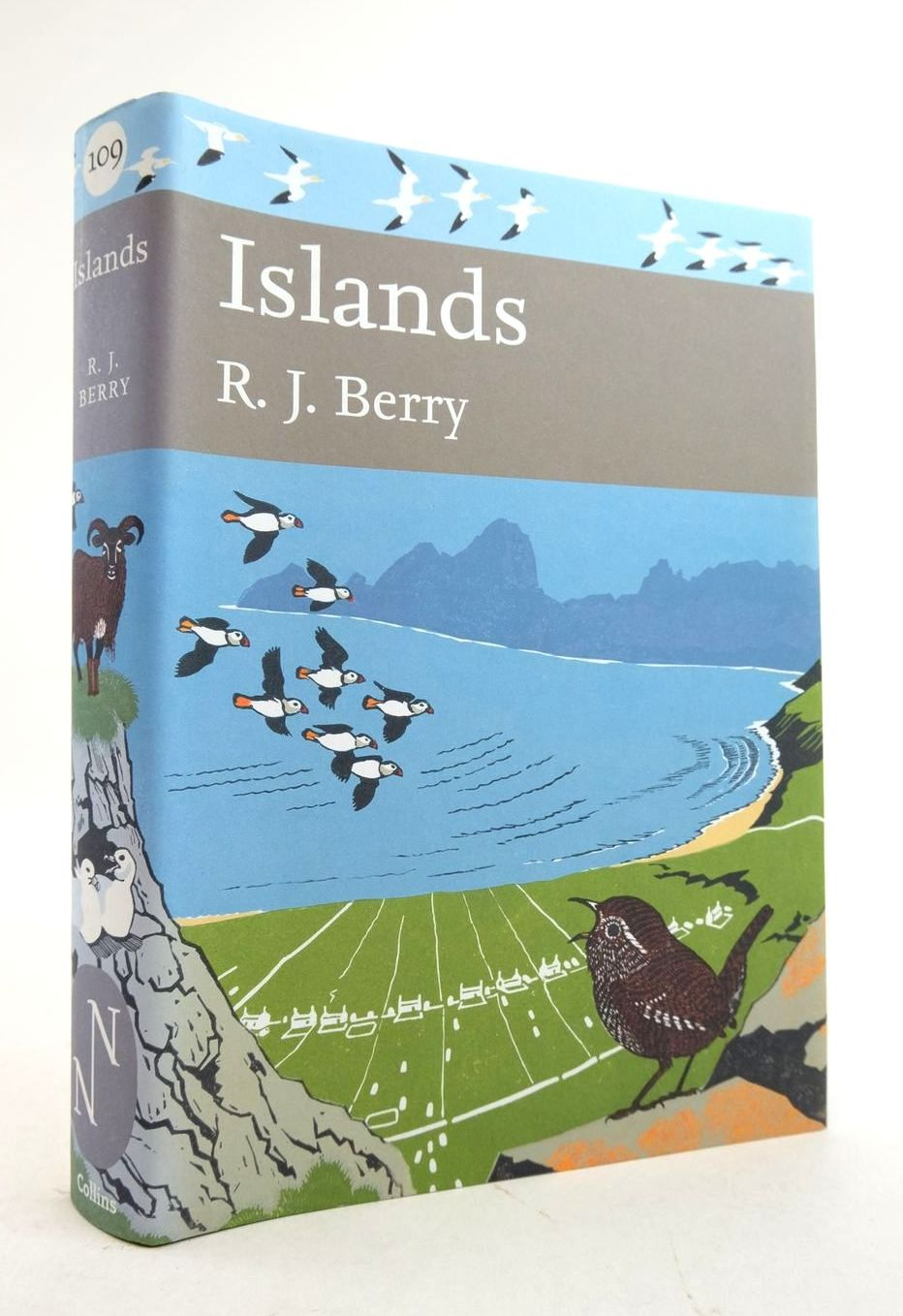 Photo of ISLANDS (NN 109) written by Berry, R.J. published by Collins (STOCK CODE: 1821648)  for sale by Stella & Rose's Books