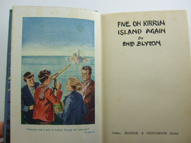 Photo of FIVE ON KIRRIN ISLAND AGAIN written by Blyton, Enid illustrated by Soper, Eileen published by Hodder & Stoughton (STOCK CODE: 2105294)  for sale by Stella & Rose's Books