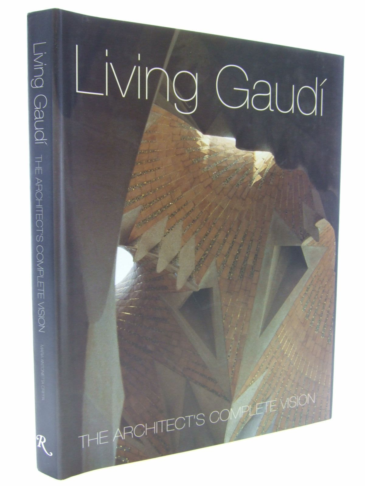Photo of LIVING GAUDI THE ARCHITECT'S COMPLETE VISION- Stock Number: 2106852