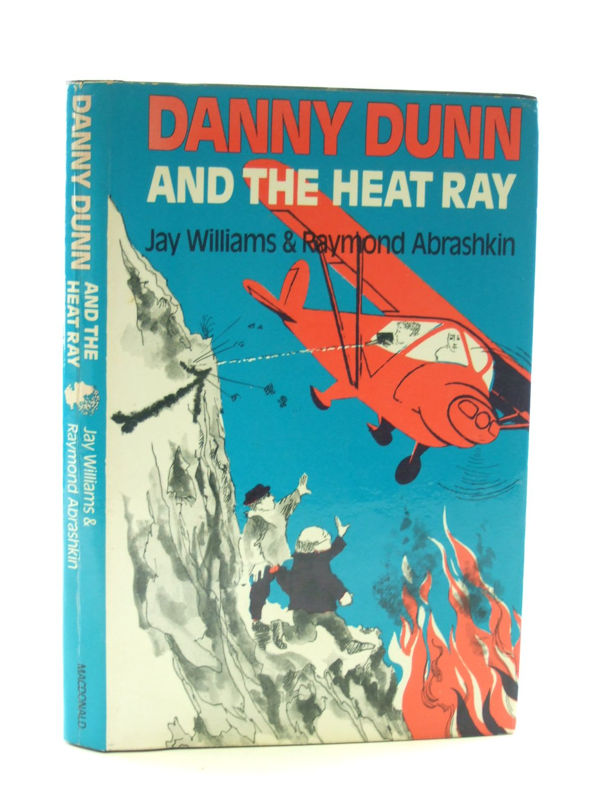 Photo of DANNY DUNN AND THE HEAT RAY written by Williams, Jay Abrashkin, Raymond illustrated by Mieke, Anne published by Macdonald & Co. (Publishers) Ltd. (STOCK CODE: 2107226)  for sale by Stella & Rose's Books