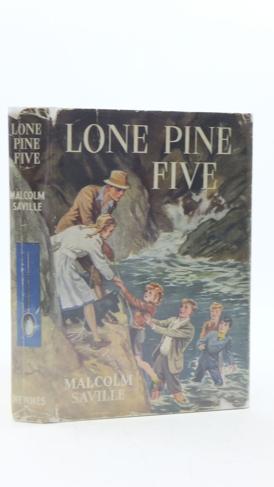 Photo of LONE PINE FIVE written by Saville, Malcolm illustrated by Prance, Bertram published by George Newnes Ltd. (STOCK CODE: 2111634)  for sale by Stella & Rose's Books