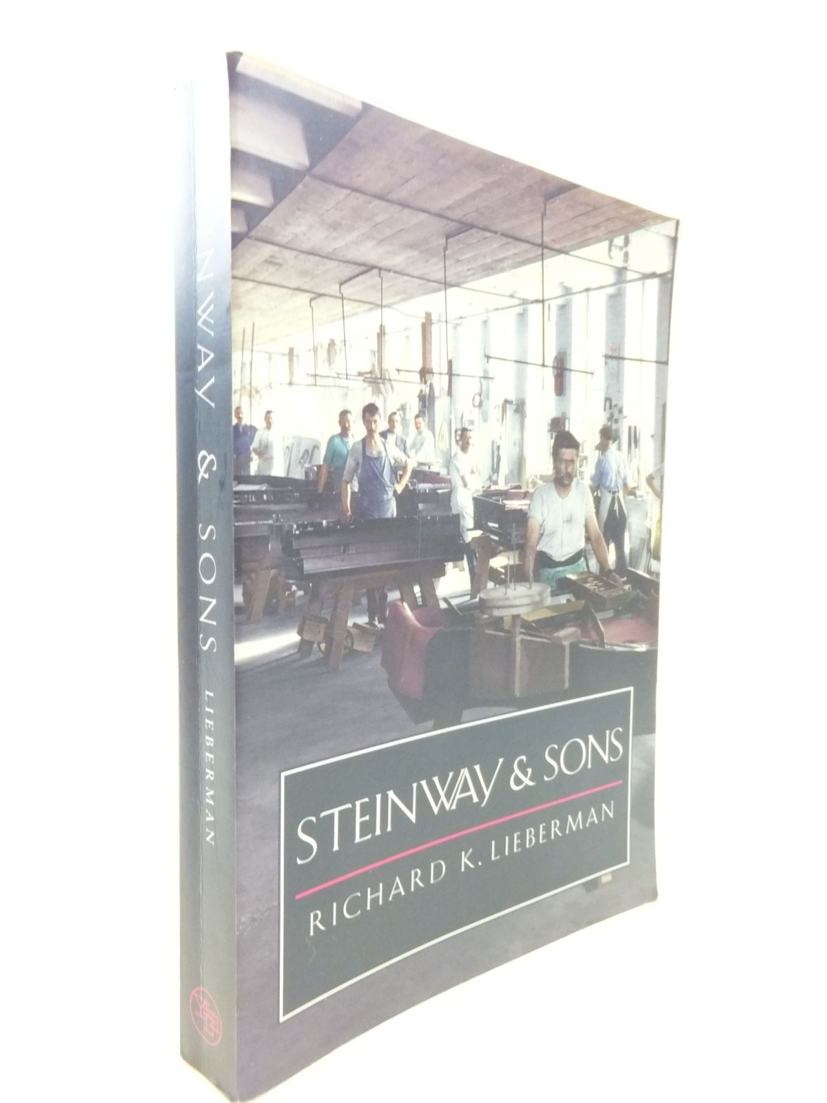 Photo of STEINWAY & SONS- Stock Number: 2112162