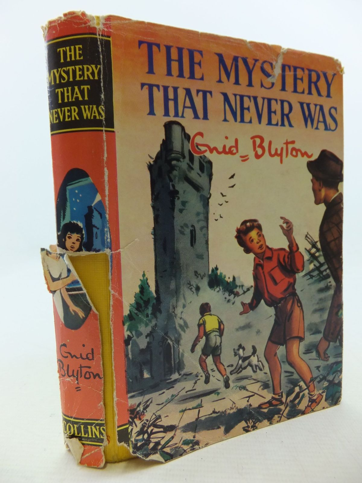 Photo of THE MYSTERY THAT NEVER WAS written by Blyton, Enid illustrated by Dunlop, Gilbert published by Collins (STOCK CODE: 2112742)  for sale by Stella & Rose's Books