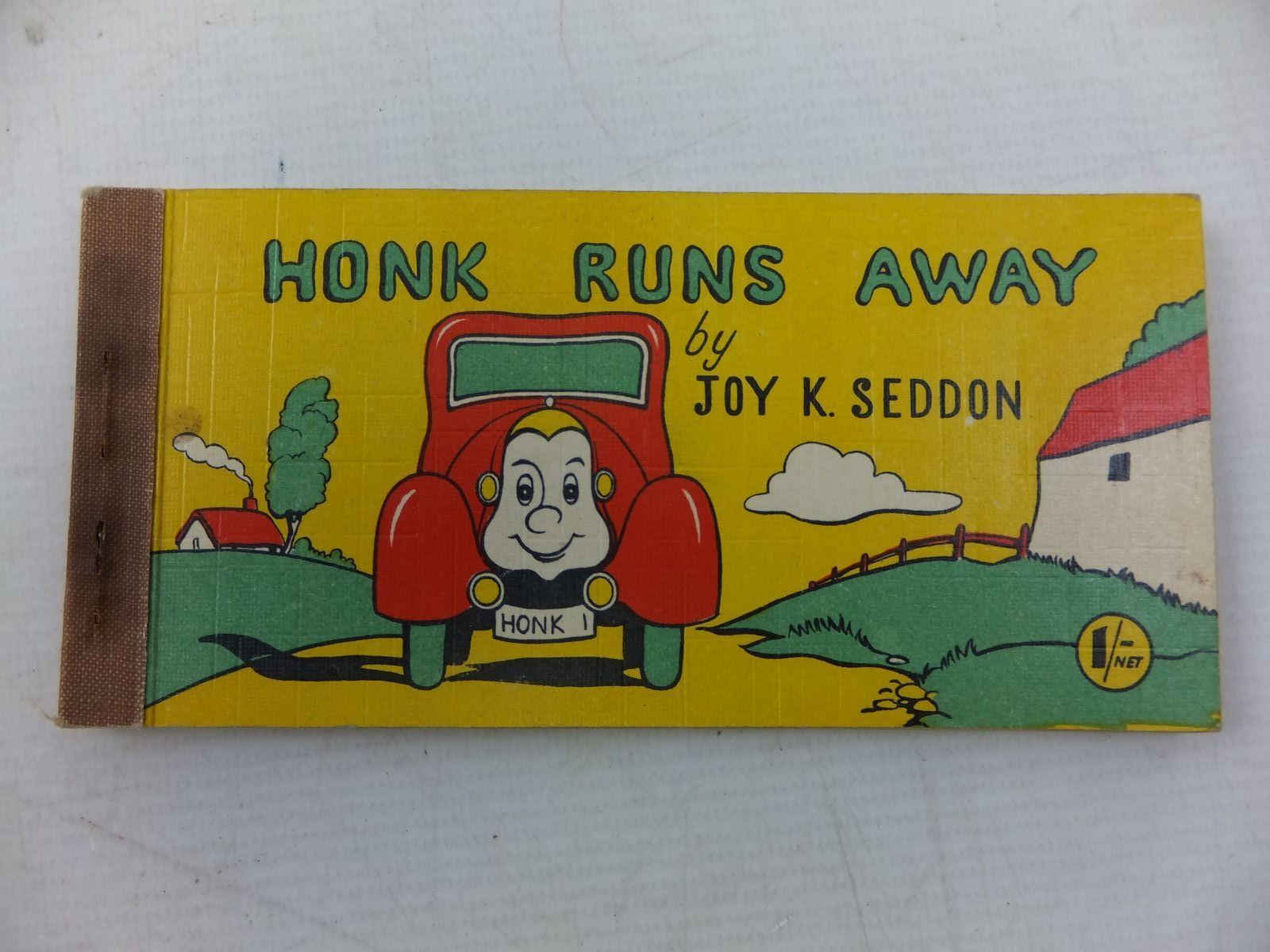 Photo of HONK RUNS AWAY written by Seddon, Joy K. published by Brockhampton Press Ltd. (STOCK CODE: 2114327)  for sale by Stella & Rose's Books