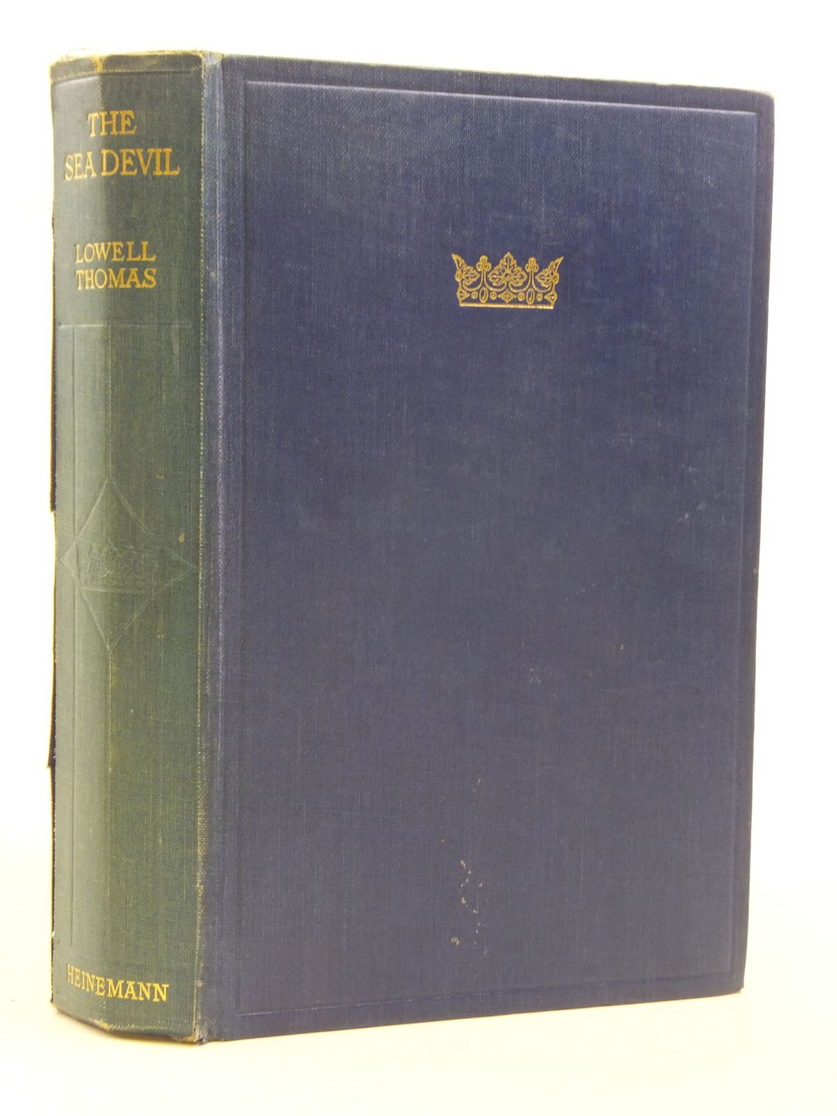 Photo of THE SEA DEVIL written by Thomas, Lowell published by William Heinemann Ltd. (STOCK CODE: 2115838)  for sale by Stella & Rose's Books