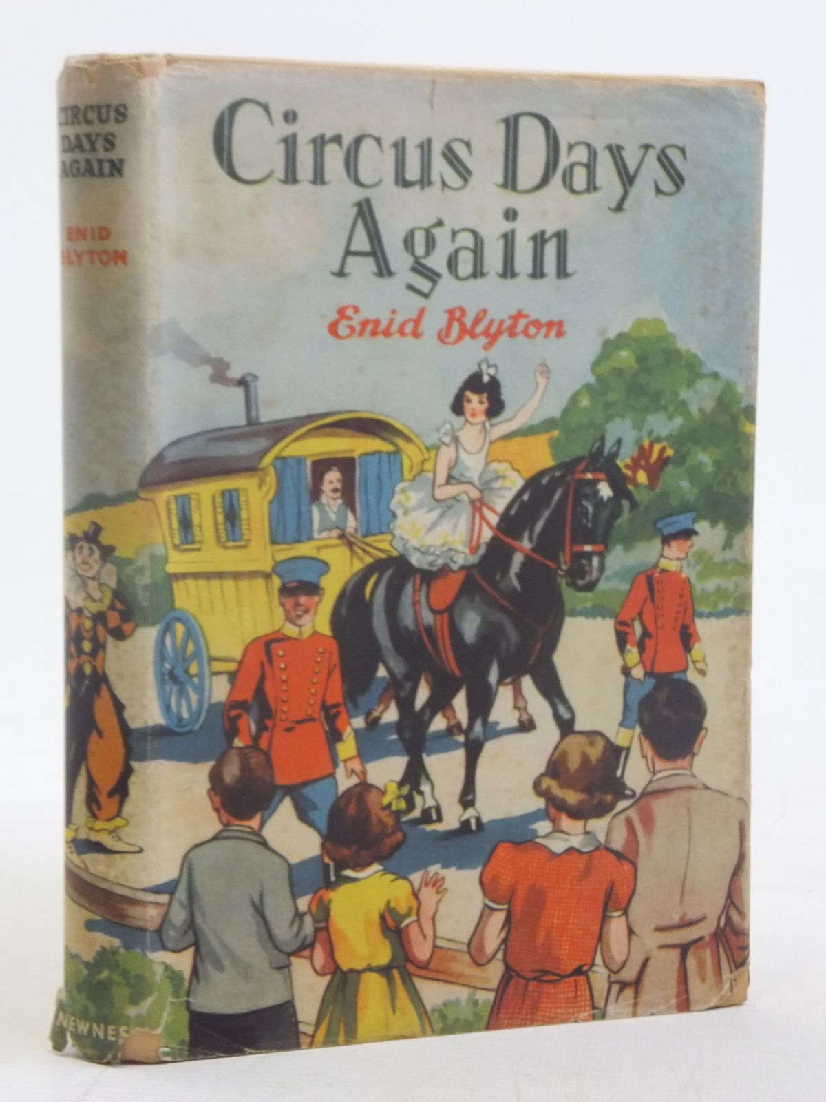 Photo of CIRCUS DAYS AGAIN- Stock Number: 2116872