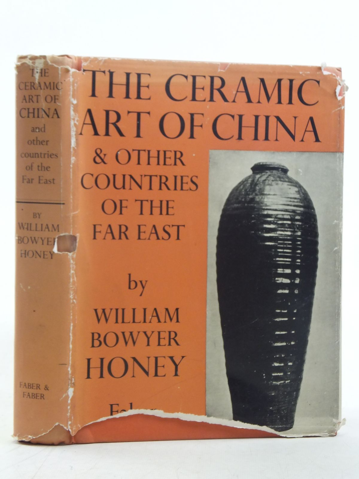 Photo of THE CERAMIC ART OF CHINA AND OTHER COUNTRIES OF THE FAR EAST- Stock Number: 2117061