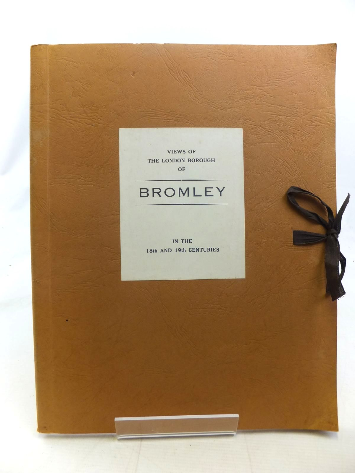 Photo of VIEWS OF THE LONDON BOROUGH OF BROMLEY IN THE 18TH AND 19TH CENTURIES written by Watkins, A.H. published by London Borough Of Bromley Public Libraries (STOCK CODE: 2117349)  for sale by Stella & Rose's Books
