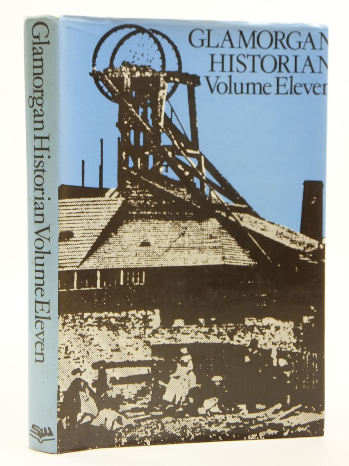 Photo of GLAMORGAN HISTORIAN VOLUME ELEVEN written by Williams, Stewart published by Stewart Williams (STOCK CODE: 2121268)  for sale by Stella & Rose's Books