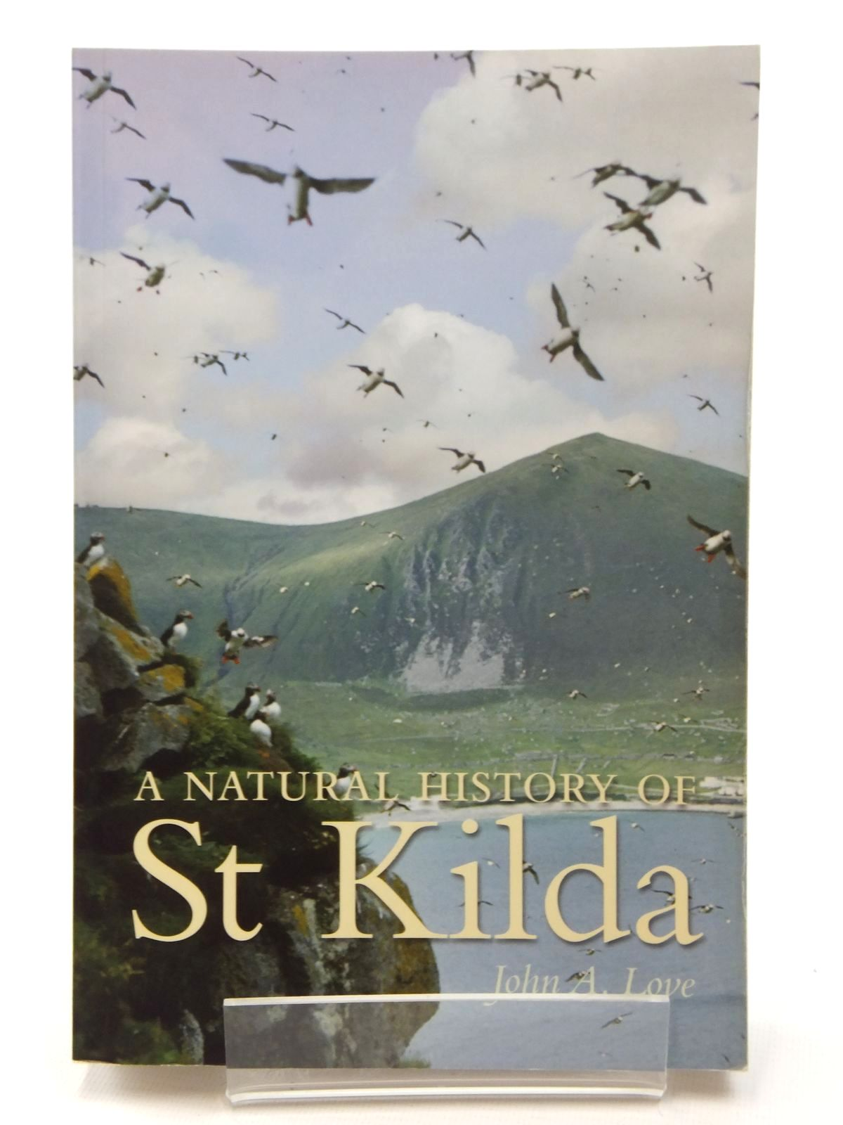 Photo of A NATURAL HISTORY OF ST KILDA- Stock Number: 2123686