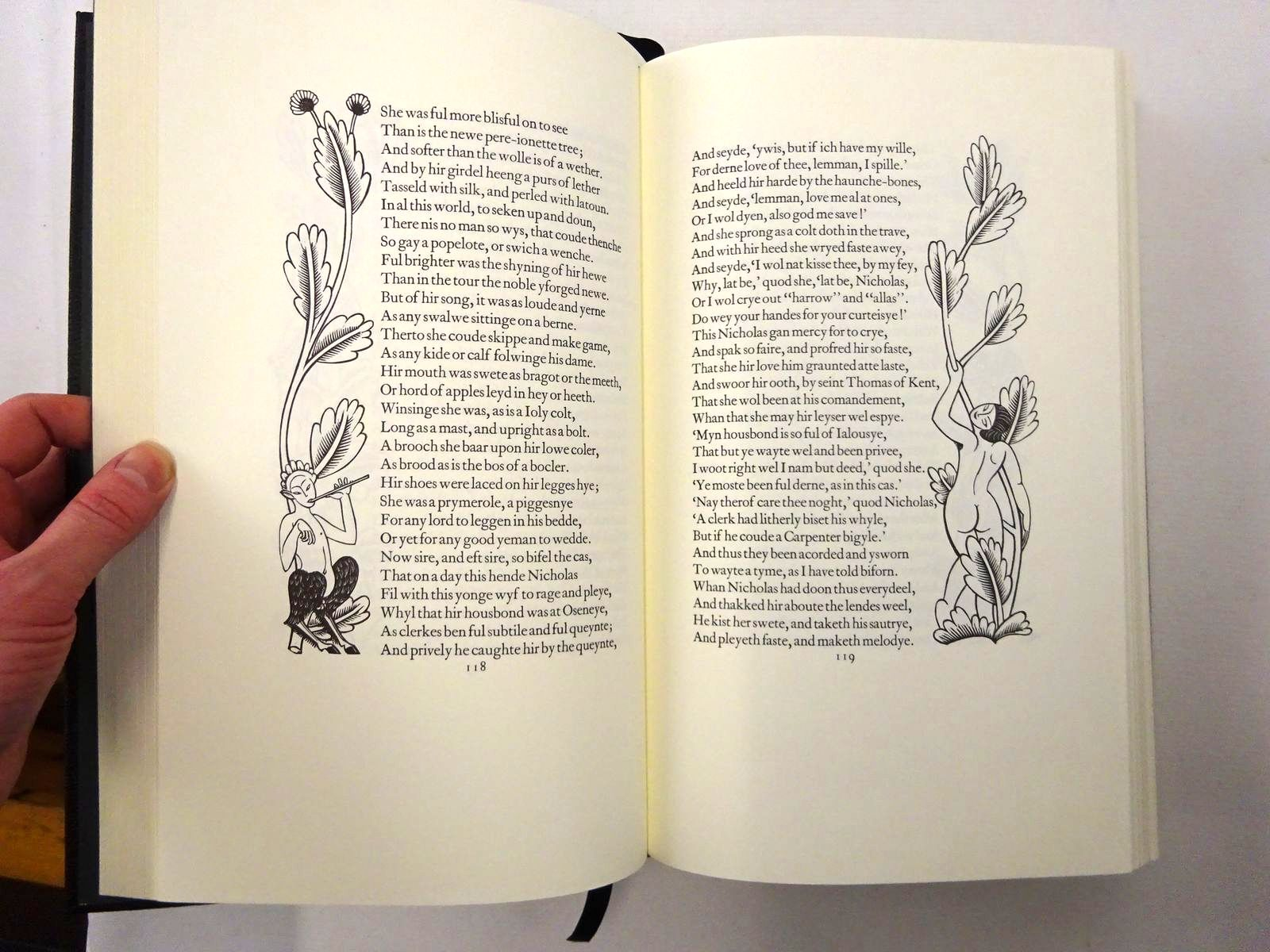 Photo of THE CANTERBURY TALES written by Chaucer, Geoffrey Holliday, Peter illustrated by Gill, Eric published by Folio Society, The Golden Cockerel Press (STOCK CODE: 2124512)  for sale by Stella & Rose's Books