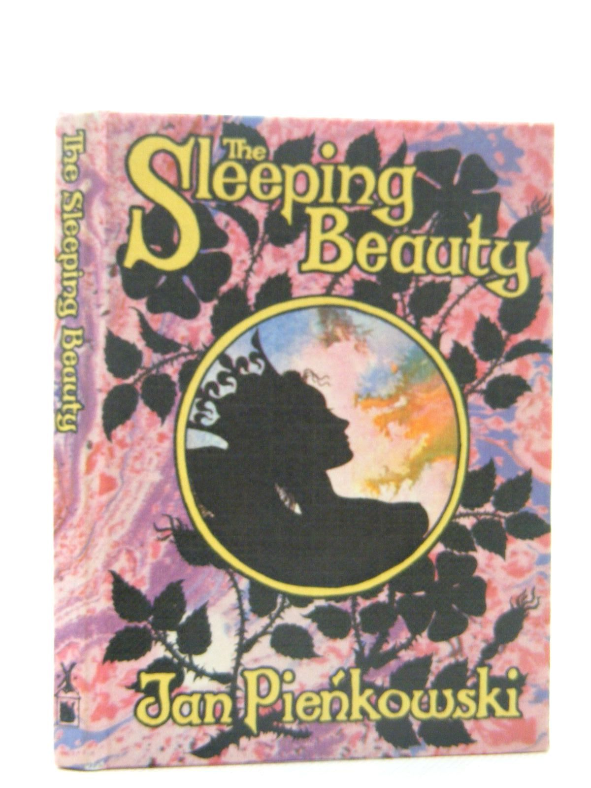 Photo of THE SLEEPING BEAUTY written by Pienkowski, Jan<br />Grimm, Brothers illustrated by Pienkowski, Jan published by Heinemann, Gallery Five (STOCK CODE: 2124892)  for sale by Stella & Rose's Books